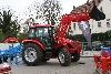 Tym Traktor T1003 mit Kabine und Frontlader