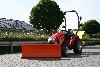 TYM Traktor T233 Hydrostat mit Schneeschild und Streuer