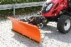 Tym Traktor T353 mit Schneeschild
